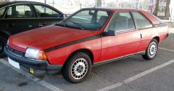 RENAULT FUEGO red