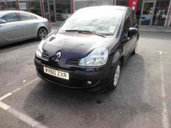 RENAULT MODUS 1.2 red