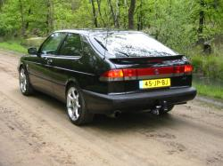 SAAB 900 -16 black