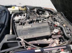 SAAB 900 -16 engine