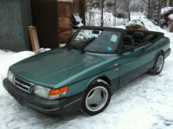 SAAB 900 -16 green