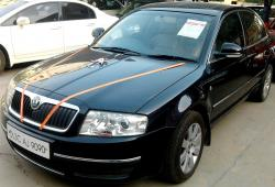 SKODA SUPERB black