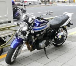 SUZUKI GSX 1400 interior