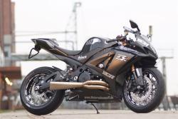 SUZUKI GSX-R 1000 black