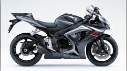SUZUKI GSX-R750 black