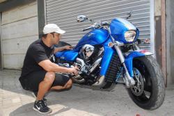 SUZUKI INTRUDER blue