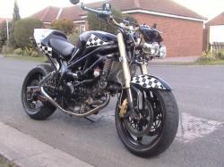 SUZUKI SV650 black
