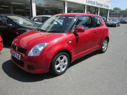 SUZUKI SWIFT 1.0 green