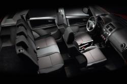 SUZUKI SX4 1.6 interior