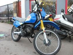 SUZUKI TS 125 blue