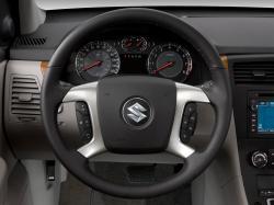 SUZUKI XL7 interior