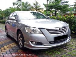 TOYOTA CAMRY 2.0 red
