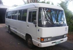 TOYOTA COASTER red