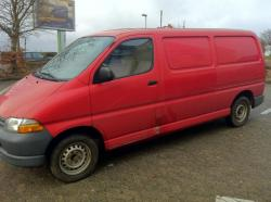 TOYOTA HIACE red