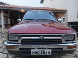 TOYOTA HILUX 2.4 silver