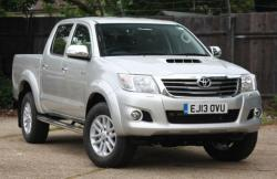 TOYOTA HILUX silver