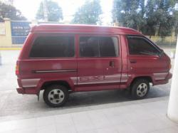 TOYOTA LITEACE red
