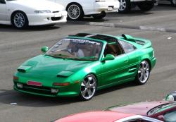 TOYOTA MR2 green