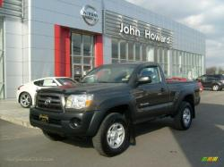 TOYOTA TACOMA 4X4 brown