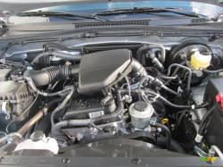 TOYOTA TACOMA 4X4 engine