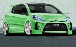 TOYOTA YARIS green
