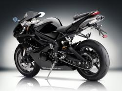 TRIUMPH DAYTONA 675 brown