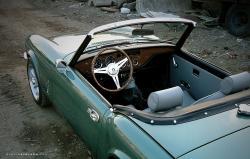 TRIUMPH GT6 interior