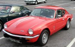 TRIUMPH GT6 red