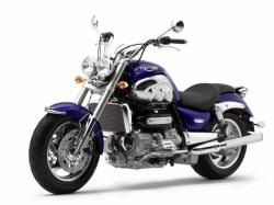 TRIUMPH ROCKET III blue