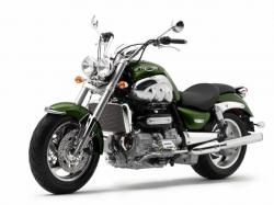 TRIUMPH ROCKET green