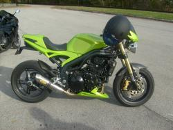 TRIUMPH SPEED TRIPLE green