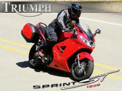 TRIUMPH SPRINT ST black