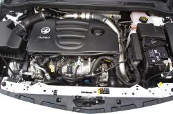 VAUXHALL ASTRA engine