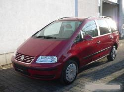VOLKSWAGEN SHARAN red