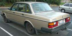 VOLVO 240 brown