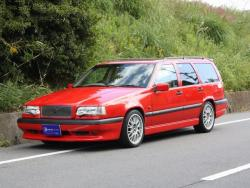 VOLVO 850 red
