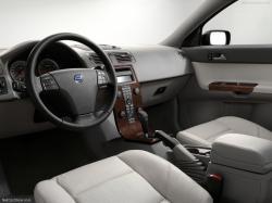 VOLVO S 40 interior