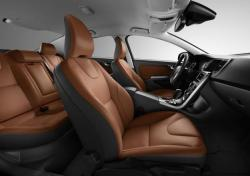 VOLVO S-60 brown