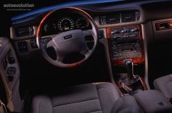 VOLVO S 70 interior