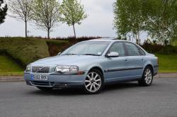 VOLVO S80 blue