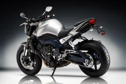 YAMAHA FZ1 ABS white
