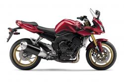 YAMAHA FZ1 red