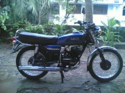 YAMAHA RX 100 blue