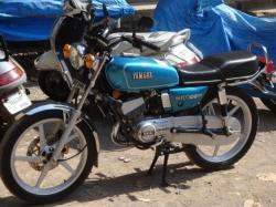 YAMAHA RX 100 engine