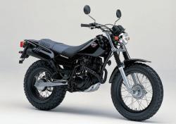 YAMAHA TW200 black