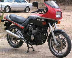 YAMAHA XJ 600 brown