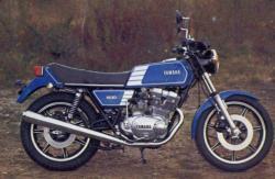 YAMAHA XS 400 blue