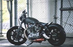 YAMAHA XS 650 black