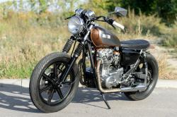 YAMAHA XS 650 brown