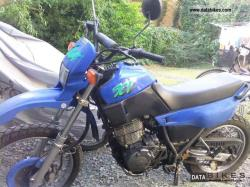YAMAHA XT 600 K red